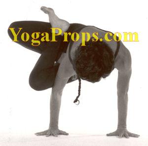 http://www.yogaprops.com/images/parsvakukkutasanatext300.jpg