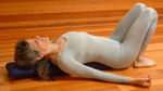 http://www.yogaprops.com/images/products/bolbrekneesup150.jpg