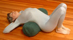 http://www.yogaprops.com/images/products/bolcylintensekneesup150.jpg