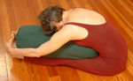 http://www.yogaprops.com/images/products/bolcylpaschimottanasana150.jpg